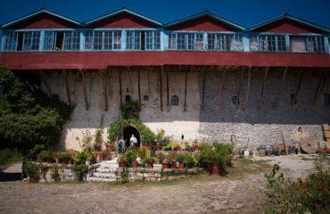 Doxa Lake monastery