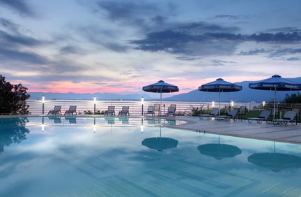 messinian_hotel_pool
